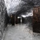 Chiharu Shiota, installazione site specific per la mostra / site-specific installation